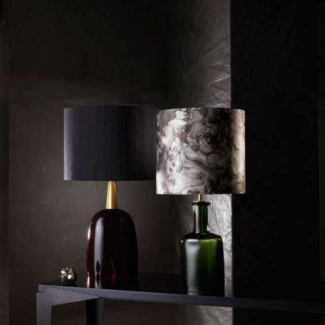 table_lamp_coloured_glass_pair_014